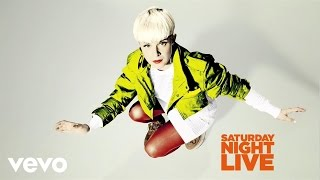 Robyn Call Your Girlfriend Live On Snl