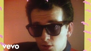 Watch Elvis Costello Green Shirt video