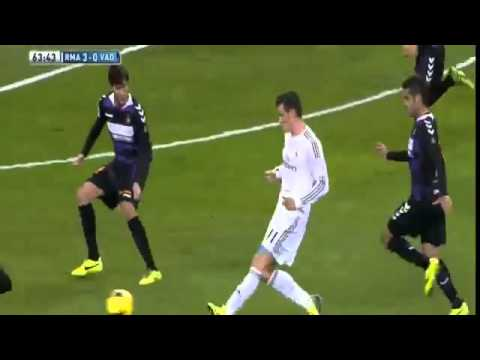 Gareth Bale Second Goal - Real Madrid vs Valladolid 3-0 - 30/11/2013