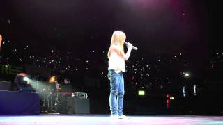 Connie Talbot - Run - Live at LG Arena