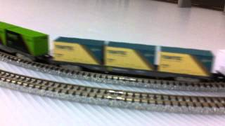 Japanese N Scale Model Train  EF200 with boxcar co
