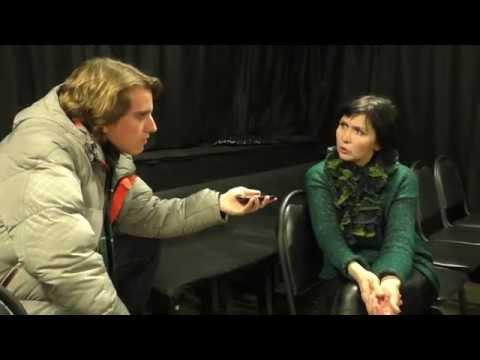 Почему люди не читают? Интервью с Еленой Смирновой