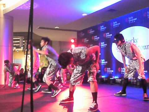 POWER IMAGE DANCERS @ LUCKY CHINATOWN MALL