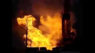 Drilling rig on fire with blowout  -  Drilling rig accident Пожар на буровой