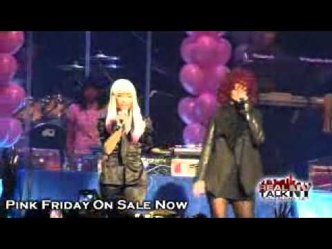 Nicki Minaj Feat Rihanna - Fly (Live)