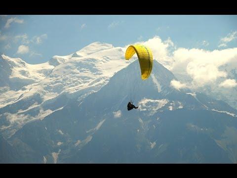 Paragliding in Plaine Joux, France / Параглайдинг во Франции, Плен Жу