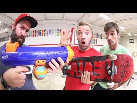 Nerf Bazooka VS Skateboarders!
