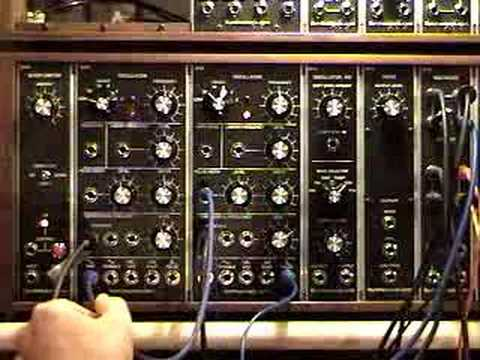 Synthesizers.com Q106 Oscillator demonstration