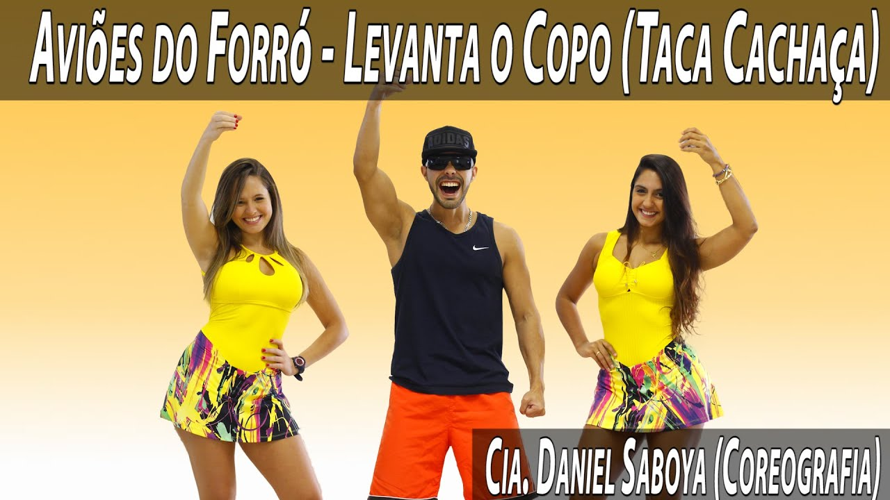 Avi es do forr levanta o copo taca cacha a cia daniel for Ecksofa 2 60 m