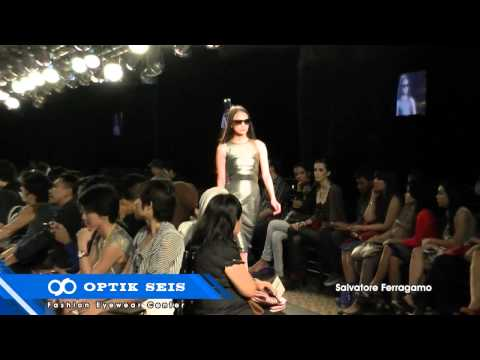 Optik Seis at Plaza Indonesia Fashion Week