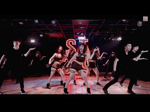 Mamma Mia (????) - KARA (??) Dance Cover by St.319 from Vietnam