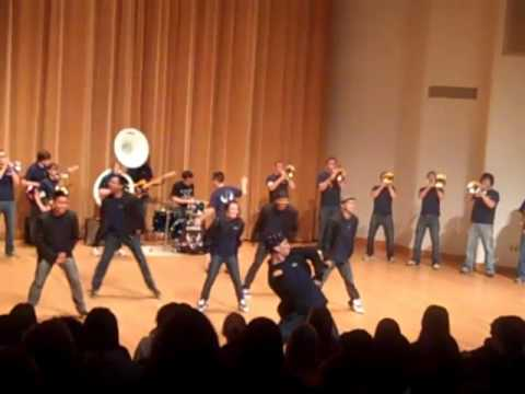 Michael Jackson Tribute! - KM and the WWU Viking Pep Band
