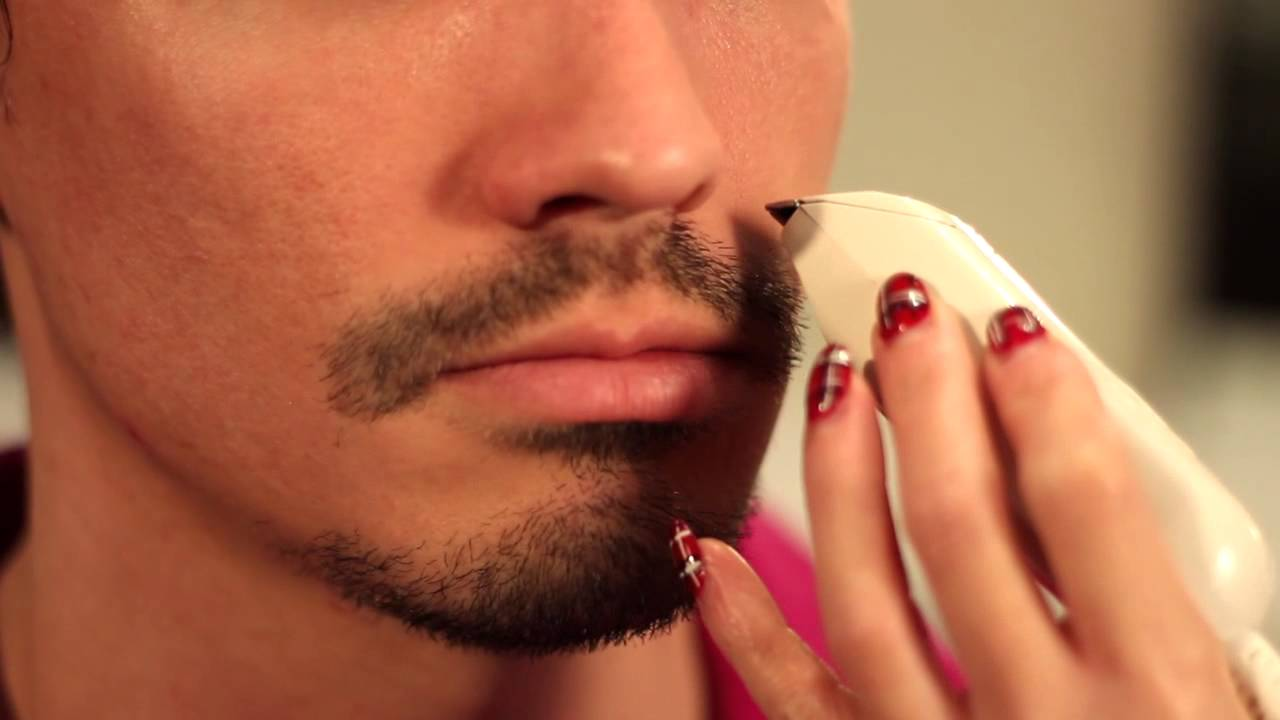 how to shave around a mustache goatee men 39 s grooming. Black Bedroom Furniture Sets. Home Design Ideas