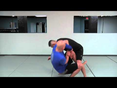 How to do a Standing Kimura Armlock Image 1