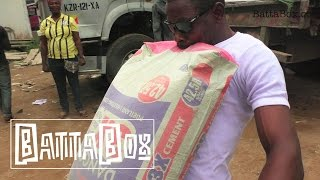 CRAZY: Man Carries Bag of Cement With His Teeth