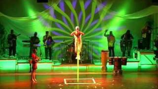 YENA SOLO LADDER ACT. (AFRICAN CIRCUS ACROBATS)
