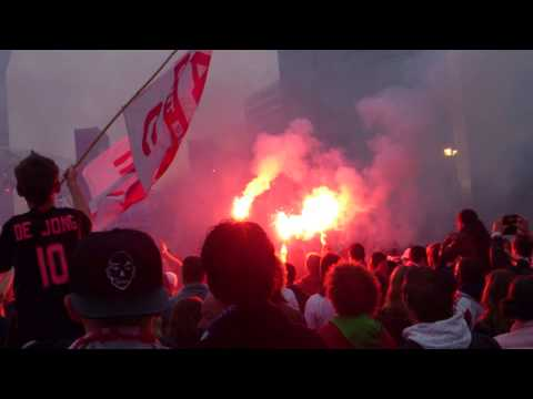 Ajax Huldiging Complicatie 2014