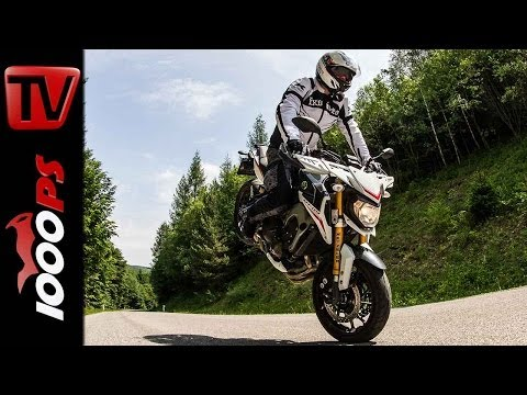 Yamaha MT-09 Street Rally Stunts | Stunt Friday Action