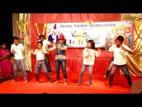 Tamil Christian Dance Song -intha Bhoomiyile - Dance By- Dafne & Cathy Team video