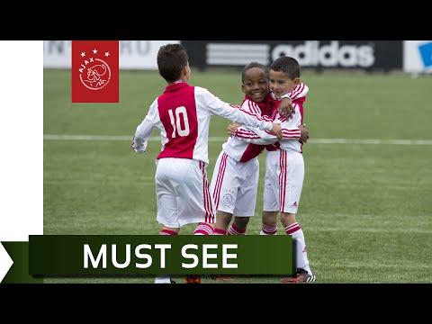 Cristiano Ronaldo bij kampioenschap Ajax F2