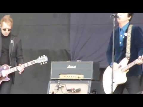 JOHNNY MARR live at Finsbury Park 8-6-13