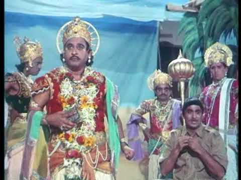 Padosan - 8 13 - Bollywood Movie - Sunil Dutt, Kishore Kumar & Saira Bano video