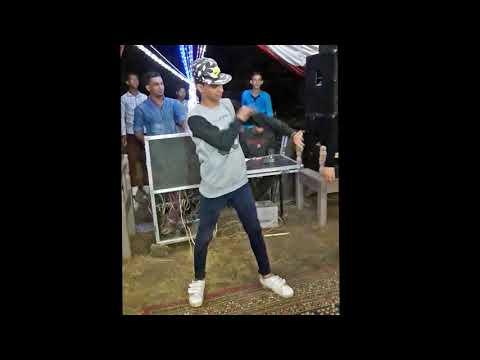 رقص دق و تكسير علي مهرجان الشيخ رمضان 2017 رقص  محمد الاجنبى و دلسيكا جامد شاهد thumbnail