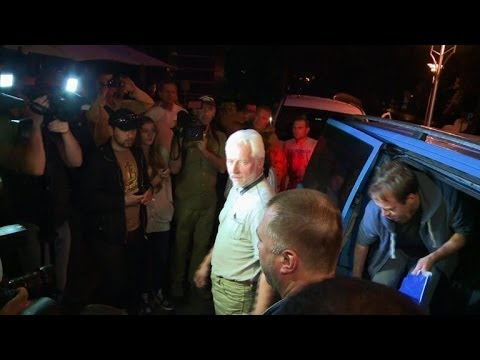 Pro-Russian rebels in Donetsk free four OSCE observers