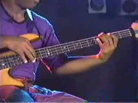 Victor Wooten - Bass Tapping Lesson Music Videos