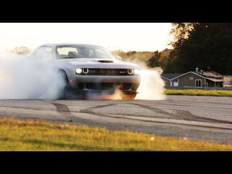 707 Hp 2015 Dodge Challenger Srt Hellcat Burnout