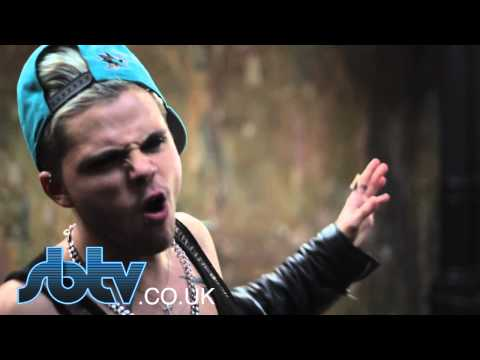 SBTV: Vince Kidd - Like A Virgin [Madonna Cover] - Live Performance