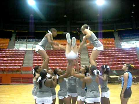 superman!! cheer stunt - YouTube