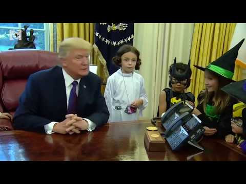 Trump gives Halloween welcome to children of White House reporters