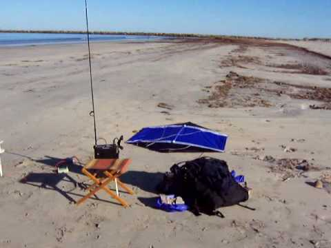 Beach kite ham radio antenna
