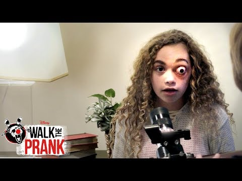 Bailey's Eye | Walk the Prank | Disney XD