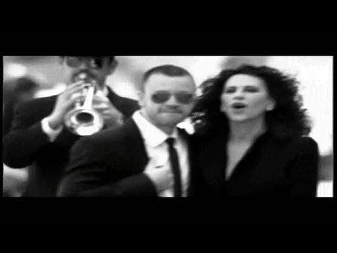 Ελευθερία Αρβανιτάκη - Δε Μιλώ Για Μια Νύχτα Εγώ | Eleftheria Arvanitaki - De milo gia mia nyxta ego