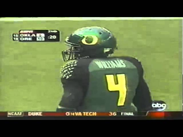 No-call P.I. on slant pass for Oregon WR Jaison Williams vs. OU 9-16-2006