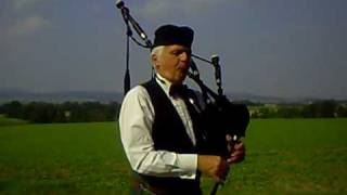 The Highland Cradle Song - Lone Piper Tune 2006