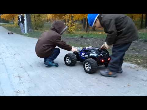 Traxxas Summit and HPI Bullet versus Kids