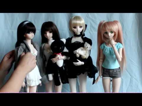 Review of Volks Dollfie Dream Plastic Doll Stand