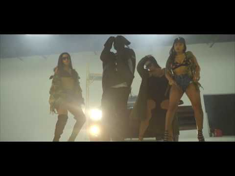 Zoey Dollaz – On Smash Official Video Music