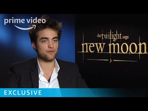Sexy Robert Pattinson gets serious | New Moon Interview