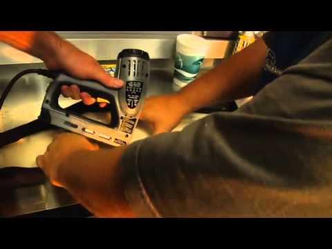 Видео как снять обшивку сиденья