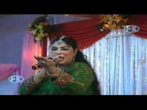 Asma Lata Stage Performance On Her New Song-sta Da Stargu Chal Lewane Kari Yam.mp4 video