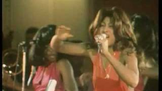 Ike & Tina Turner - Get Back 1973