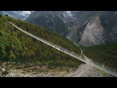 Längste Wanderbrücke der Welt: Nur für Schwindelfreie