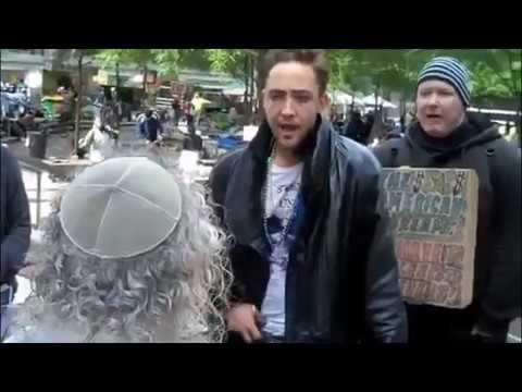 امريكي يمسخر يهودي في الشارع - مترجم سعودي