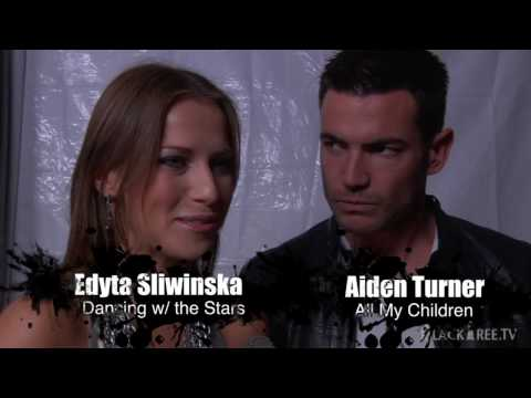 Post Oscar E! Party with Dancing with the stars Aiden Turner)