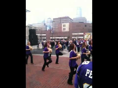 Minnesota Vikings Cheerleaders Alumni Team November 22nd Video