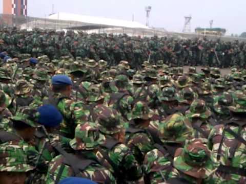 YEL-YEL TNI AU